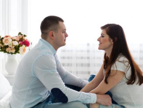 ¿Cómo describirías a tu pareja en 2 palabras?
