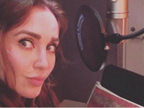 ¡Anahí estaría grabando canción de Juan Gabriel para nuevo disco del mexicano!