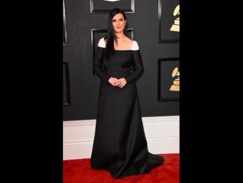 Así lucieron las artistas de Ritmo Romántica en la alfombra roja de los Grammy [FOTOS]