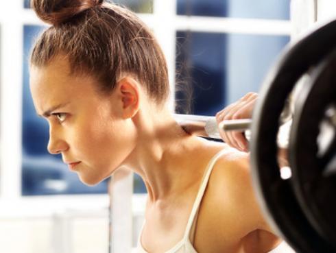 4 beneficios de levantar pesas que seguro no conocías