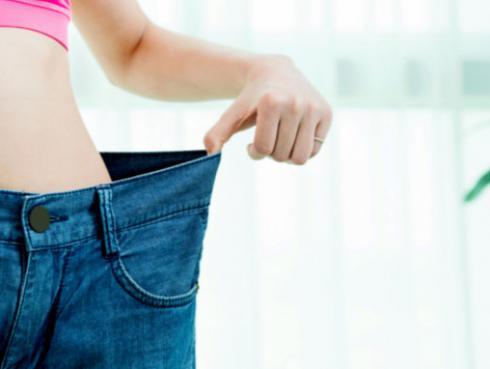 Bebida para aplanar la barriga reducir la cintura rápidamente