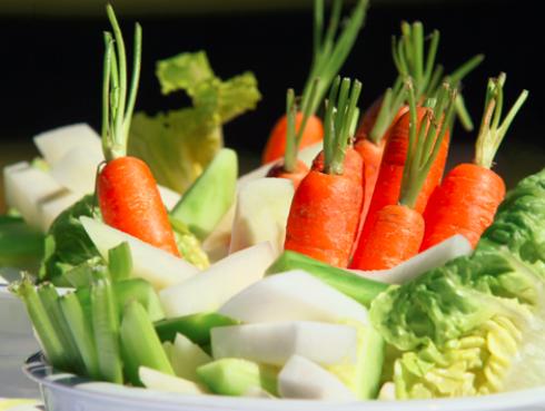 La ensalada no te va a ayudar a bajar de peso si no la preparas de este modo
