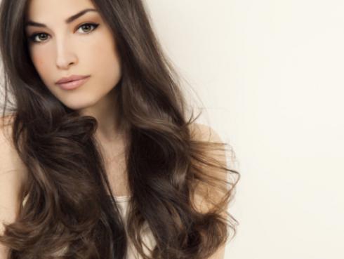 Loción casera para hacer crecer tu cabello en 7 días