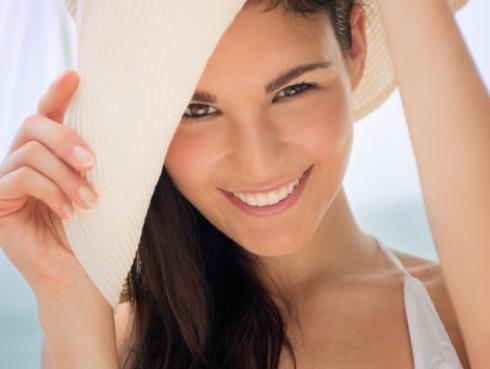 Mascarilla para prevenir las manchas en el rostro en verano