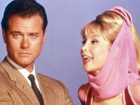 Mira cómo lucen Jeannie y Anthony Nelson  de 'Mi bella genio' 50 años después