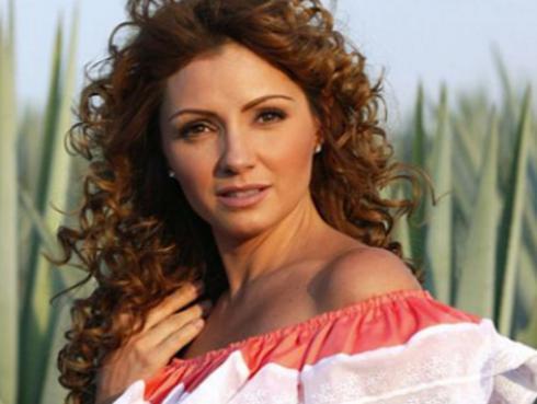 Mira cómo lucía Angélica Rivera 'La Gaviota' hace 20 años
