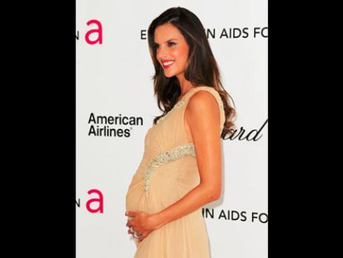 ¿Cómo hacen las modelos para bajar de peso tan rápido después del embarazo? [PARTE I]