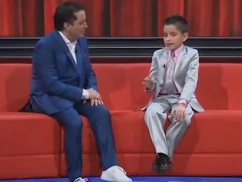 ¡Pequeño actor Dayiro conmueve en Colombia!