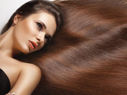 Restaura tu cabello en 20 minutos con esta mascarilla casera