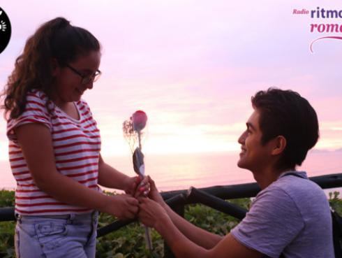 Ritmo Romántica y HAF sorprendieron a parejas en San Valentín