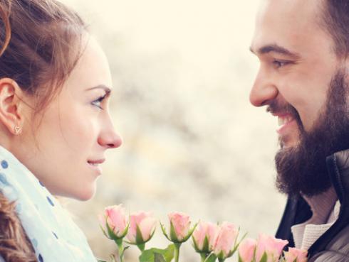 Si tu mejor amigo(a) te da un beso, ¿cuánto afectaría tu amistad?