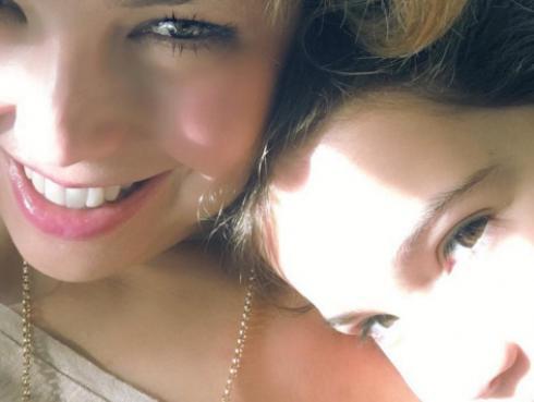 Thalía presume a su hija Sabrina en redes sociales