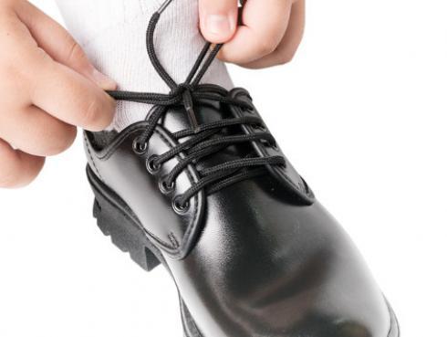 Tips para comprar calzado escolar