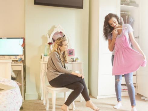 Tips para disimular los rollitos con tu ropa