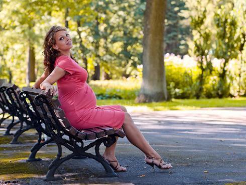 Tips para lucir radiante y con estilo durante tu embarazo