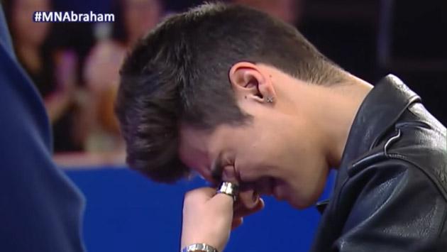 Abraham Mateo lloró de la emoción al recibir esta sorpresa [VIDEO]