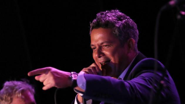 Alejandro Sanz detuvo concierto para defender a una mujer  agredida