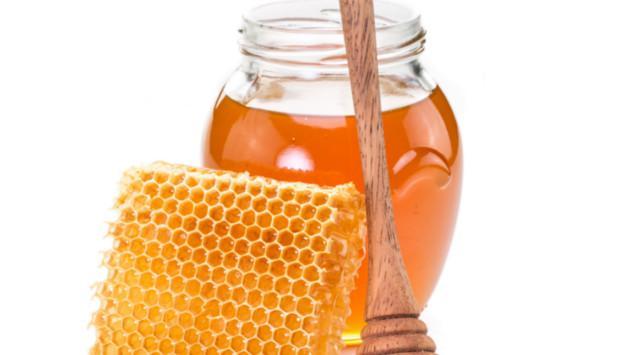¡Baja de peso con este jugo de piña, sábila y miel!
