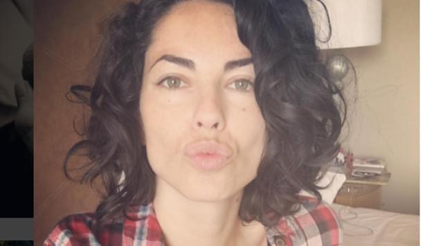 Bárbara Mori se fue de viaje y fue atacada por cuatro perros