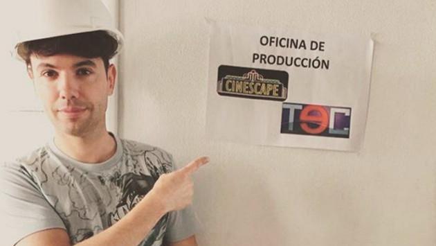 Bruno Pinasco se mostró semidesnudo en redes sociales