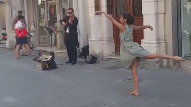 Esta tímida joven palestina se animó a bailar en la calle... Y el resultado fue maravilloso