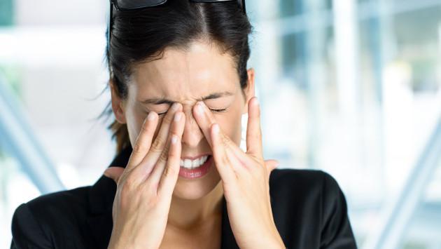 Ejercita tus ojos en un minuto para aliviar el cansancio visual