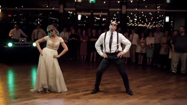 Este es el mejor baile que verás en una boda, y es viral en YouTube [VIDEO]