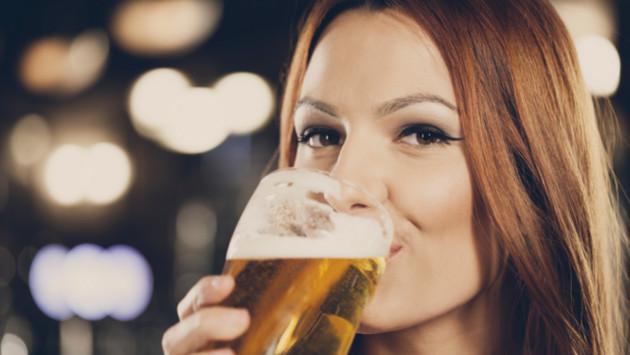 Estudio demuestra que la cerveza es buena para las mujeres