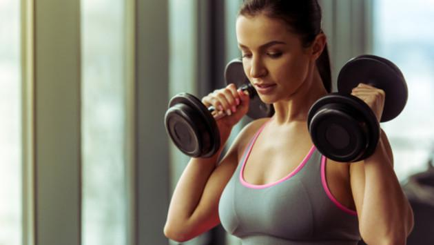 ¡Evita la caída y flacidez de los senos con estos tips!