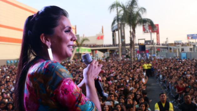 'Festival de Baladas' de Ritmo Romántica enamoró por San Valentín (FOTOS Y VIDEO)