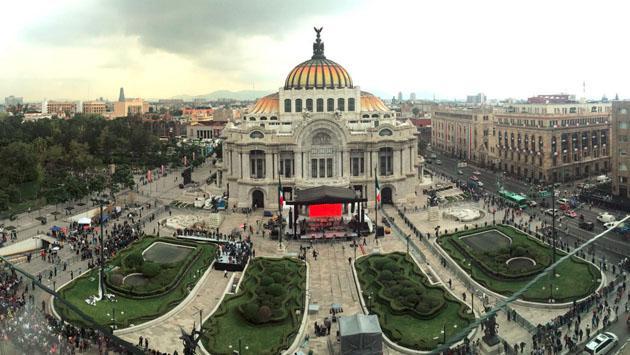 Juan Gabriel y su homenaje en el Palacio de Bellas Artes en Imágenes