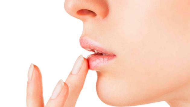 Aprende a preparar un humectante natural para labios