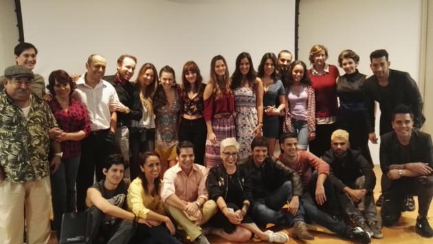 Idéntico presentó su bachata 'Mujercita' en conferencia de prensa de 'Mujercitas'