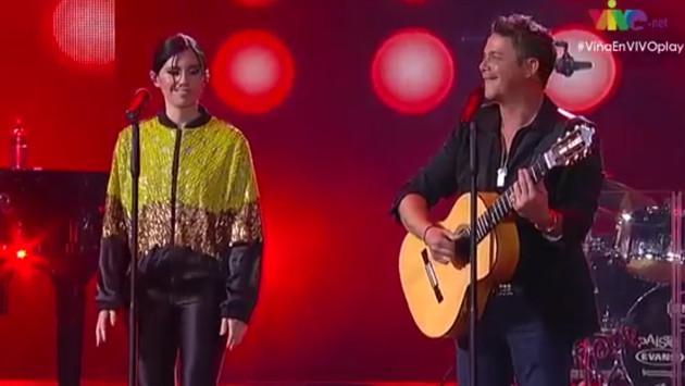 Javiera Mena olvida la letra de 'Corazón Partío' en concierto de Alejandro Sanz [VIDEO]