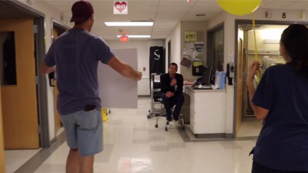 ¡Joven pastor donó riñón a amigo, y este reacciona así!