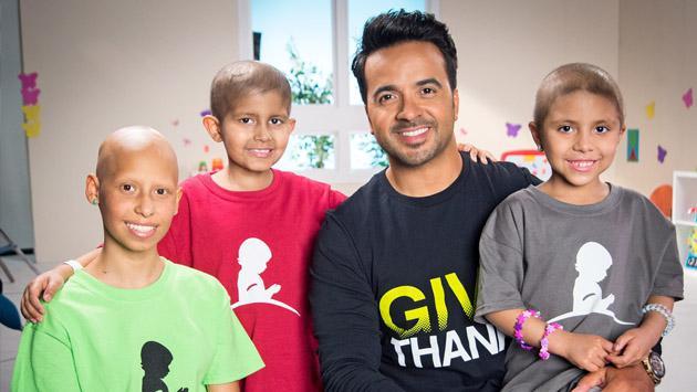 La batalla de Luis Fonsi contra el cáncer infantil