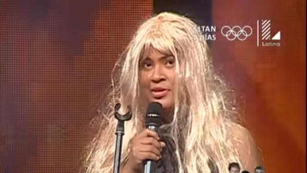 ¡Mira la presentación de esta imitadora de Shakira!