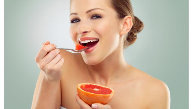 ¡Obtén un abdomen plano consumiendo estos alimentos!