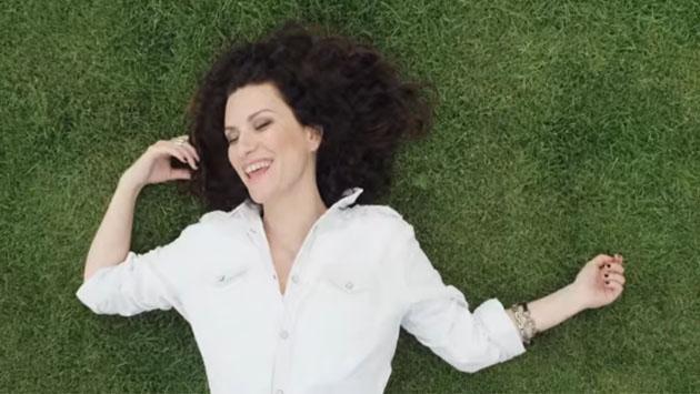 Otro récord de Laura Pausini en YouTube [VIDEO]