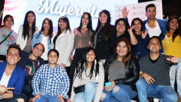 ¡Oyentes de Ritmo Romántica estuvieron en el estreno de la telenovela 'Mujercitas'!