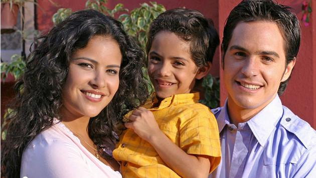 Protagonistas de 'Amarte así' se reencontraron 11 años después