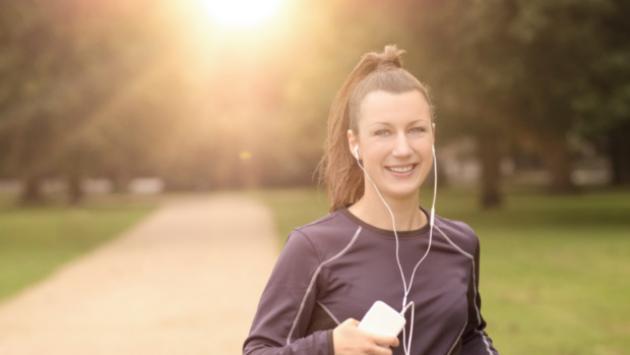 Realiza ejercicio por la mañana y le darás más nutrientes a tu cuerpo