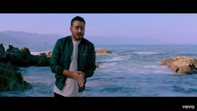 Reik lanzó el videoclip de su tema '¿Qué gano olvidándote?' en versión balada