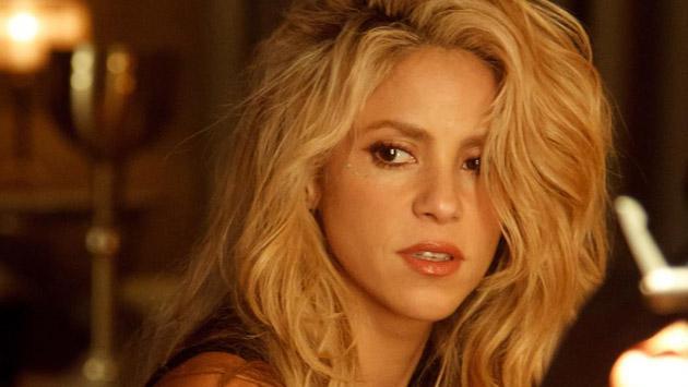 Shakira celebra con foto sin maquillaje en Instagram