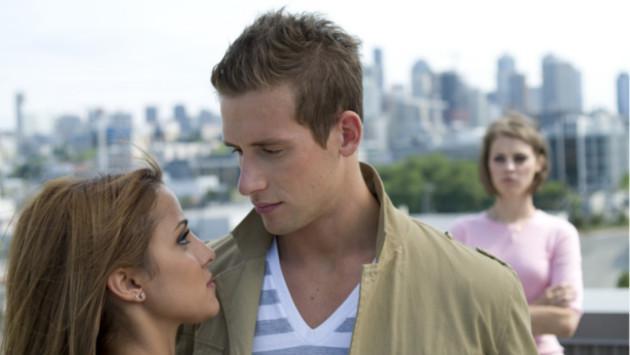¿Tener celos es amor o inseguridad?