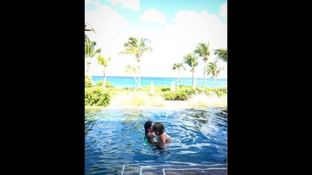 Thalía, en bikini en el Caribe junto a los amores de su vida [FOTOS]