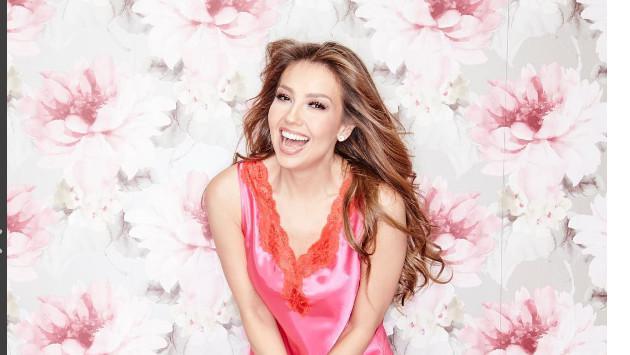 Thalía genera controversia en torno a su dentadura entre usuarios de Instagram