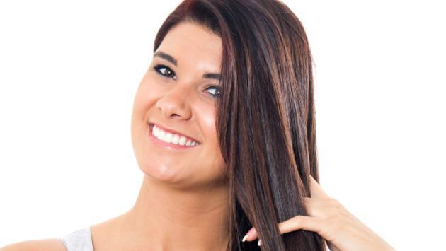 Truco casero para hacer brillar tu cabello