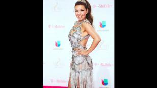 El vestido de Thalía en los premios Lo Nuestro terminó destruido por esta razón