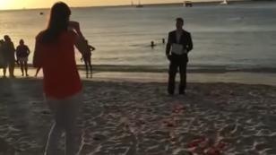 ¡Esta es la pedida de matrimonio más larga de la historia! (VIDEO)